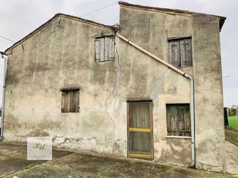 Appartamento da ristrutturare in vendita Rif. 11615646