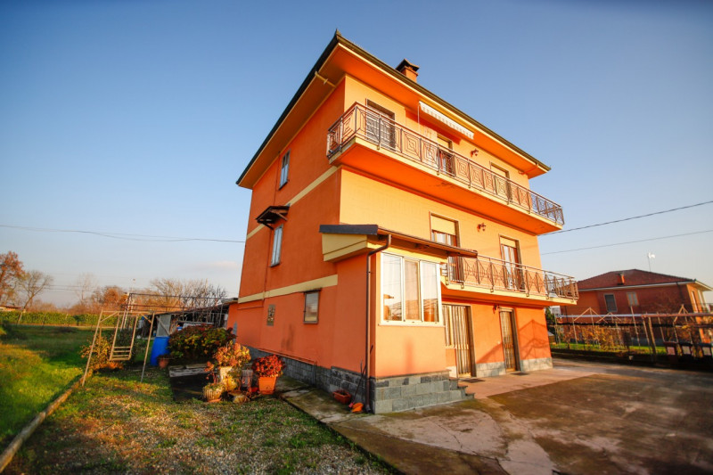 Appartamento in vendita a San Benigno Canavese, 3 locali, prezzo € 129.000 | CambioCasa.it
