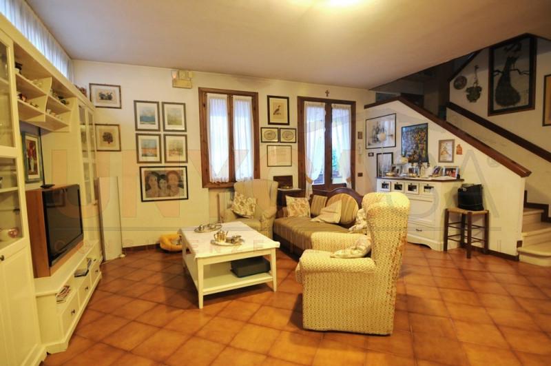 Appartamento in buone condizioni in vendita Rif. 11673890