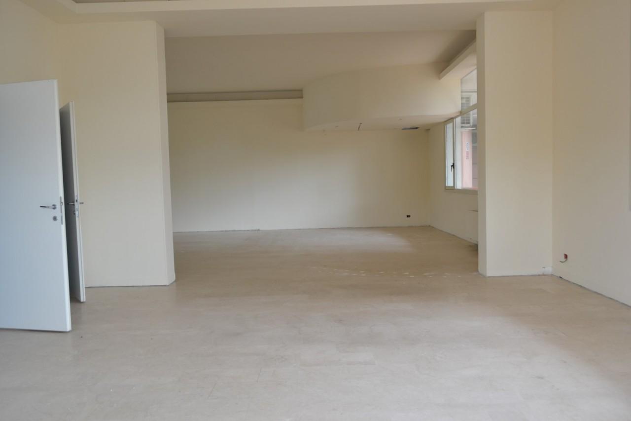 Negozio in vendita a Montegrotto Terme https://media.gestionaleimmobiliare.it/foto/annunci/191203/2118434/1280x1280/999__dsc_0007__grande.jpg