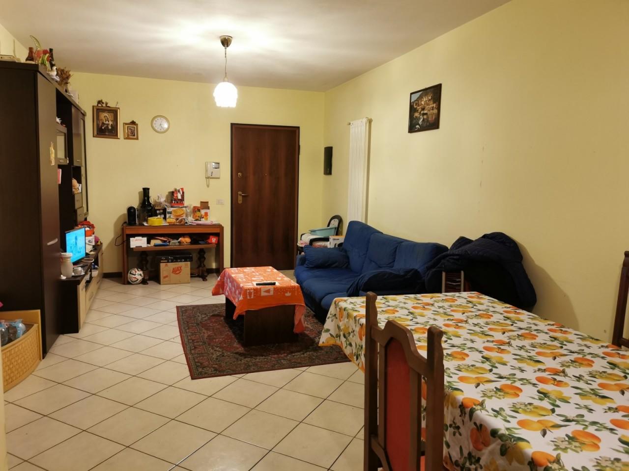 M352 Recente appartamento bicamere al secondo piano https://media.gestionaleimmobiliare.it/foto/annunci/191206/2119804/1280x1280/003__03_Appartamento_Bicamere_Vendita_Montegrotto.jpg
