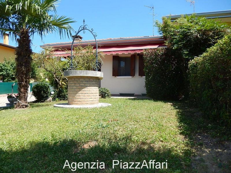 Appartamento in ottime condizioni in vendita Rif. 11734045