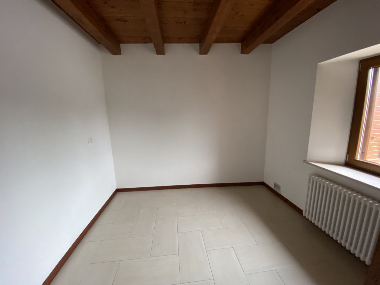 Appartamento bicamere piano terra in vendita a Valvasone-Arzene Rif.A27 https://media.gestionaleimmobiliare.it/foto/annunci/191220/2124930/1280x1280/004__img_1758.jpg