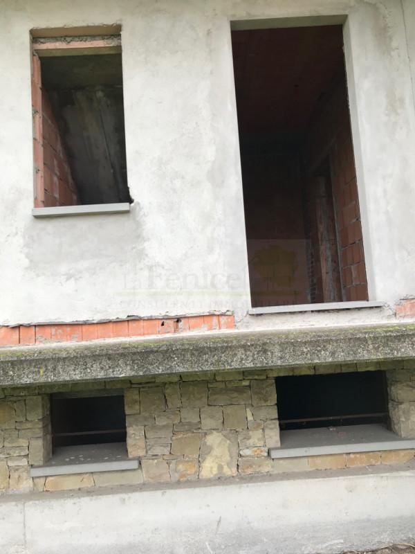 CASTEL GOFFREDO: VILLA SINGOLA - https://media.gestionaleimmobiliare.it/foto/annunci/200102/2125792/800x800/012__img_5716_wmk_0.jpg