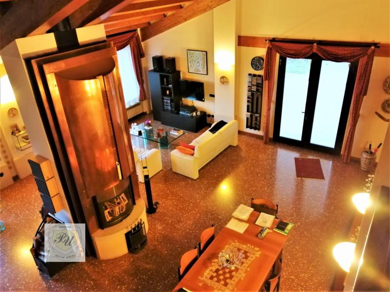Villa in ottime condizioni in vendita Rif. 11924419