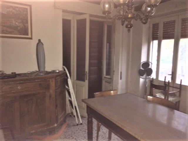 Appartamento in vendita a Cornedo Vicentino, 4 locali, zona Località: Cornedo Vicentino, prezzo € 54.000 | CambioCasa.it