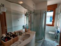 appartamento in vendita Abano Terme foto 006__07-bagno-appartamento-abano-terme.jpg