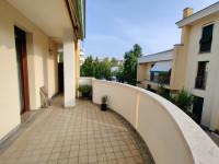 appartamento in vendita Abano Terme foto 008__09-ampio-terrazzo-casa-abano.jpg