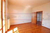 appartamento in vendita San Casciano In Val di Pesa foto 000__san_casciano_vendesi_appartamento_garage_01.jpg