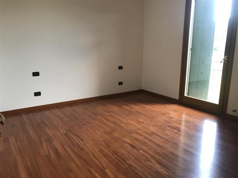 Appartamento in vendita a Montegrotto Terme, 3 locali, zona Località: Montegrotto Terme, prezzo € 160.000 | CambioCasa.it
