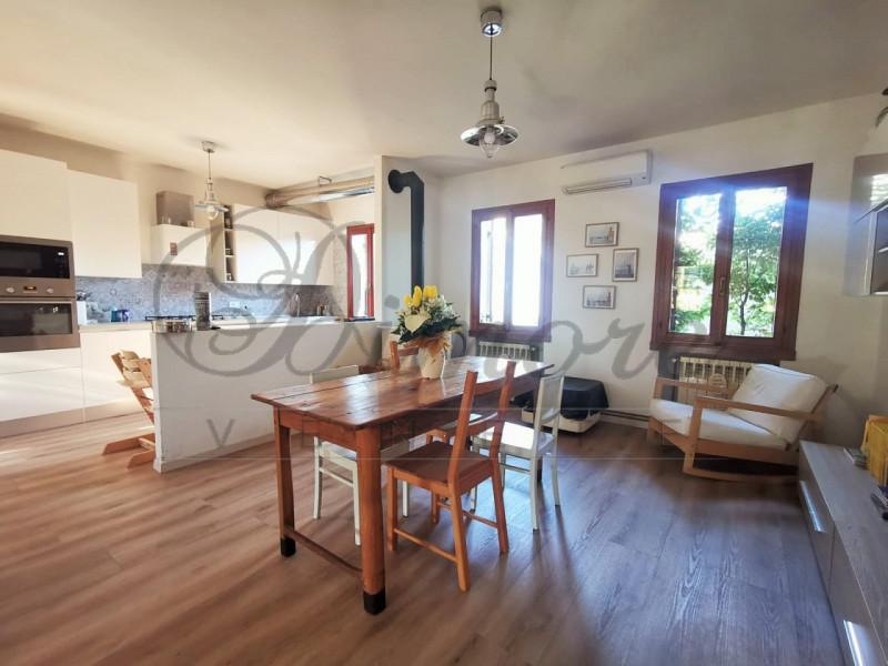 Appartamento in vendita a Stra, 4 locali, zona Zona: San Pietro di Stra, prezzo € 150.000 | CambioCasa.it