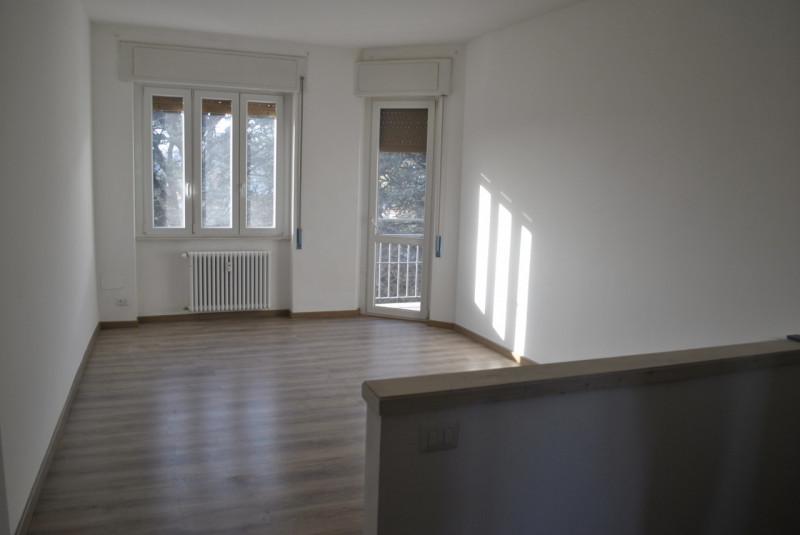Appartamento in affitto a Tavernerio, 3 locali, zona Località: Tavernerio - Centro, prezzo € 700 | PortaleAgenzieImmobiliari.it