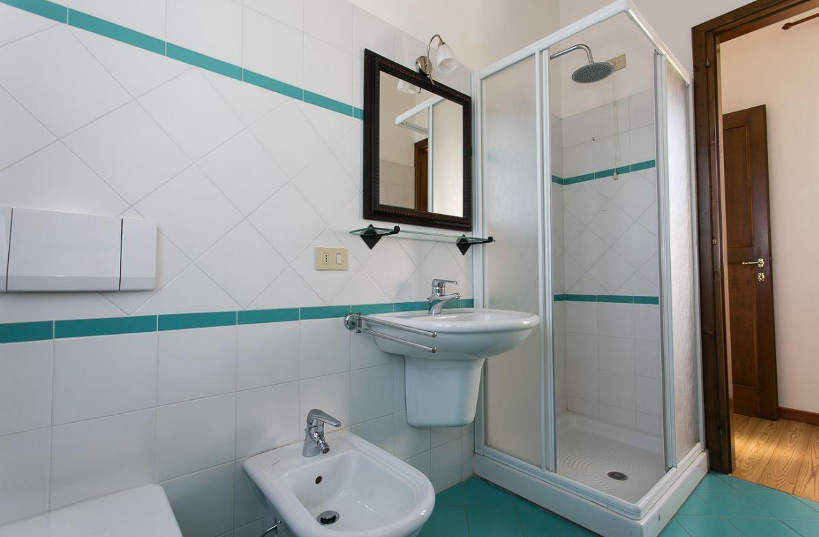 D274 Splendida villa disponibile in affitto https://media.gestionaleimmobiliare.it/foto/annunci/200205/2140802/1280x1280/9.jpg