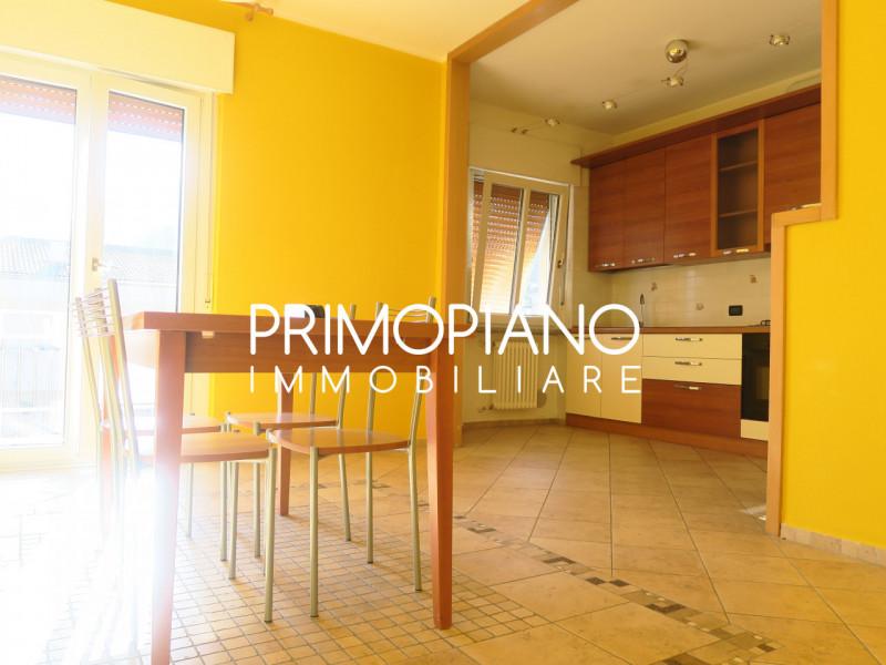Appartamento in vendita a Trento, 3 locali, zona Zona: Ravina, prezzo € 265.000   CambioCasa.it