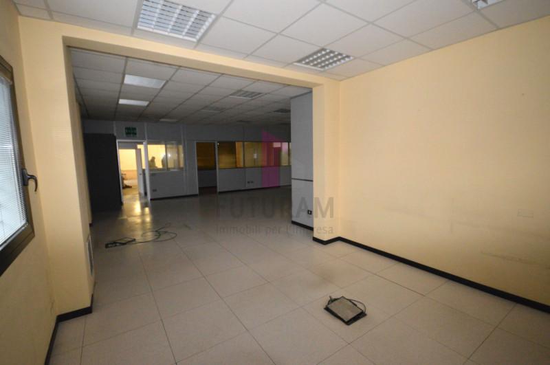 Capannone in affitto a Creazzo - https://media.gestionaleimmobiliare.it/foto/annunci/200210/2151656/800x800/014__9f_risultato.jpg