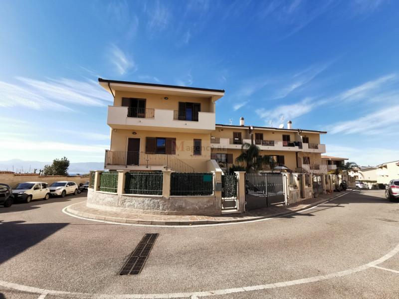 Villa a Schiera in vendita a Reggio Calabria, 5 locali, zona Località: Saracinello, prezzo € 280.000 | CambioCasa.it