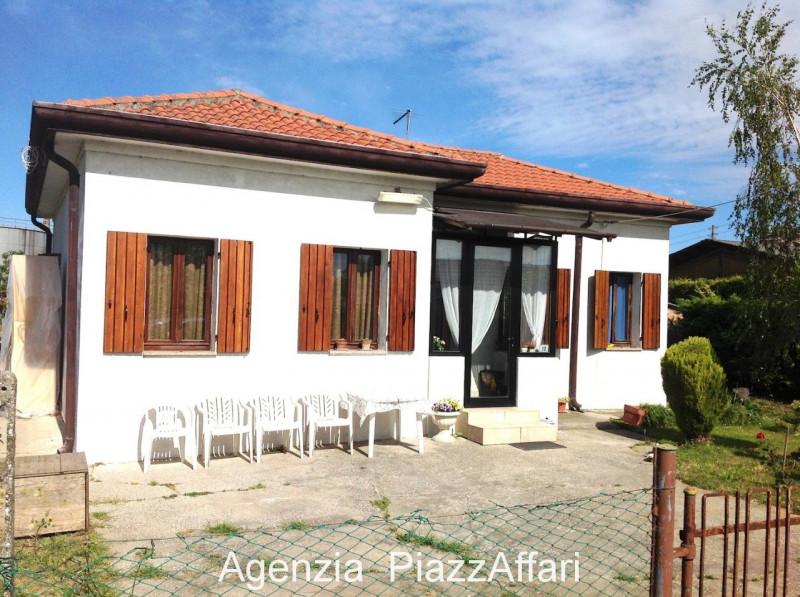 Casa Indipendente in ottime condizioni in vendita Rif. 12232955