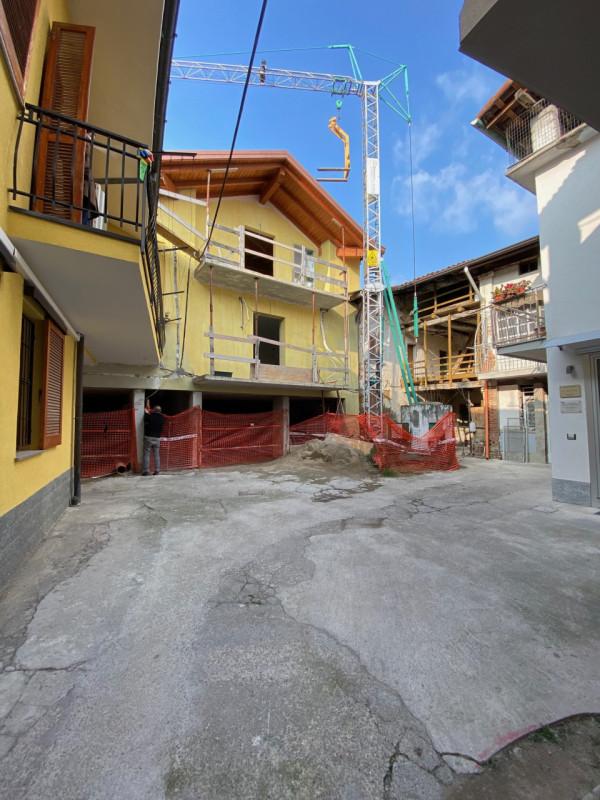 Appartamento in vendita a Calusco d'Adda, 3 locali, zona Zona: Calusco centro, prezzo € 145.000 | CambioCasa.it