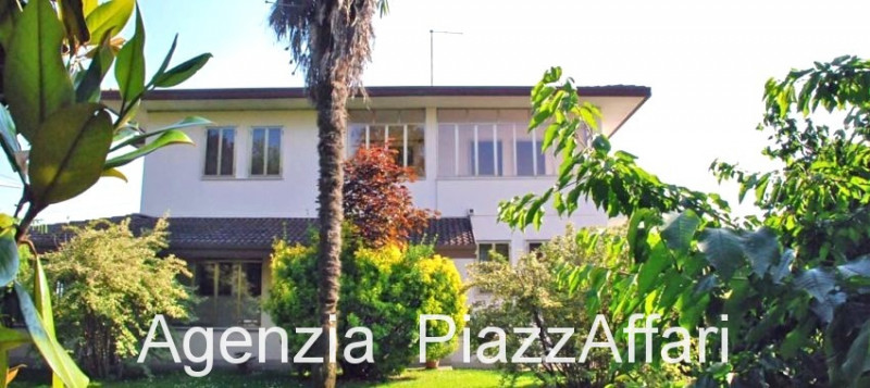 Casa Indipendente in buone condizioni in vendita Rif. 12377973