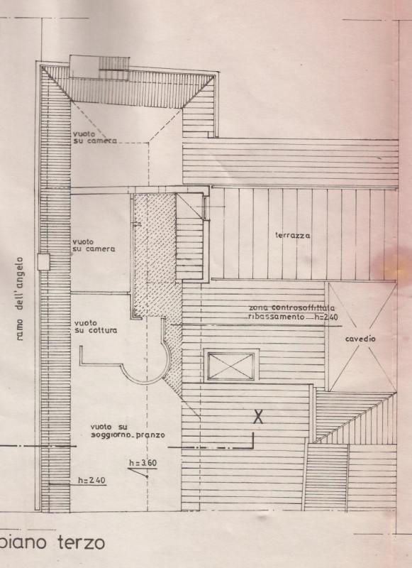 Bellissimo due camere arredato con altana - https://media.gestionaleimmobiliare.it/foto/annunci/200415/2216493/800x800/999__planimetria_p3.jpg