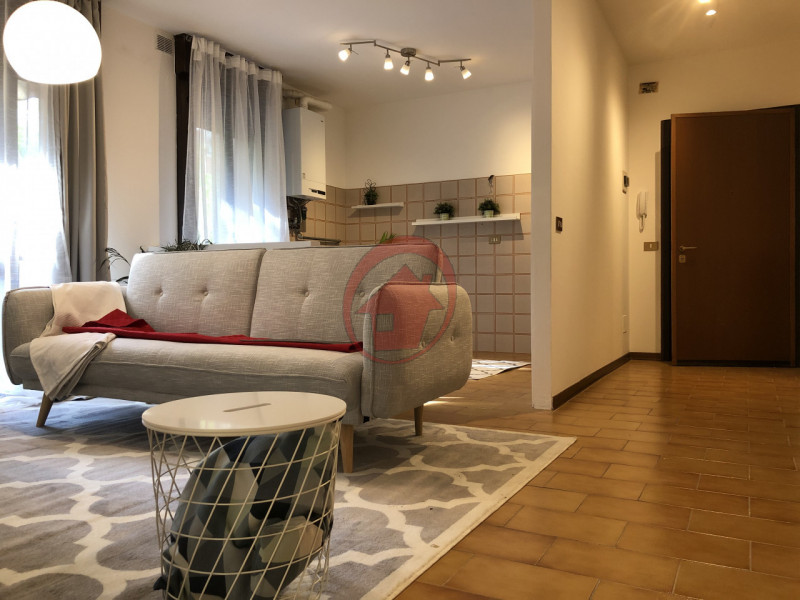 BICAMERE IN CENTRO PAESE - https://media.gestionaleimmobiliare.it/foto/annunci/200514/2239581/800x800/001__img_1251.jpg