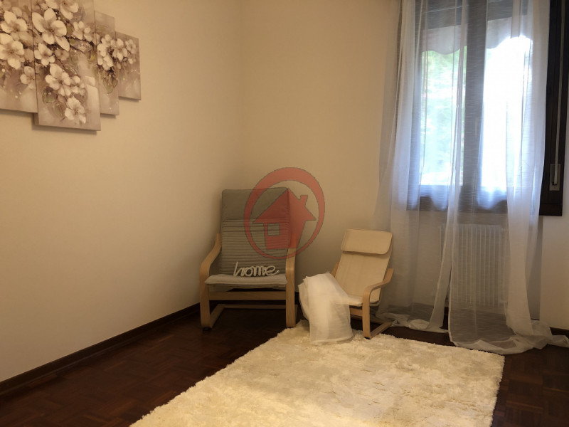 BICAMERE IN CENTRO PAESE - https://media.gestionaleimmobiliare.it/foto/annunci/200514/2239581/800x800/006__img_1270.jpg