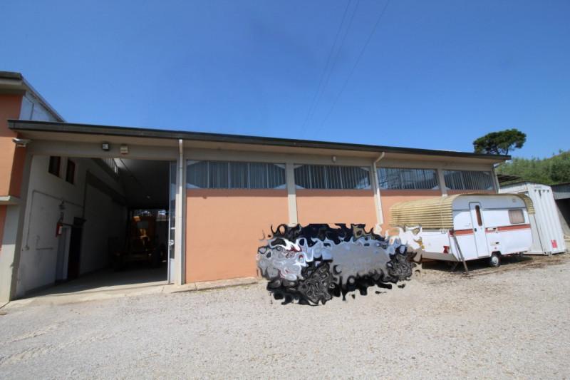 Capannone in affitto a Montevarchi, 9999 locali, zona Zona: Chiantigiana, prezzo € 1.800 | CambioCasa.it