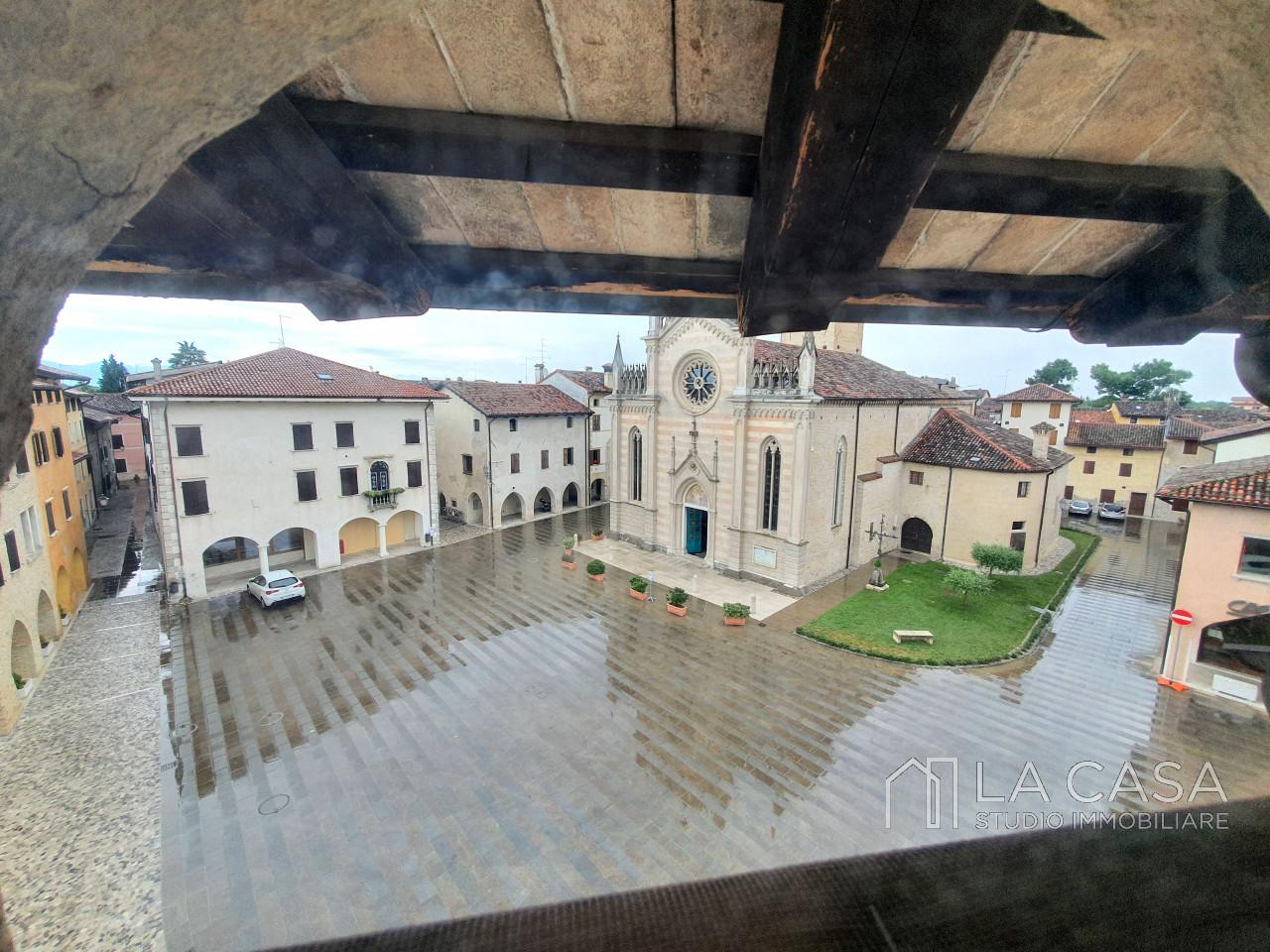 Terracielo nel centro storico di Valvasone - Rif.A11Aff https://media.gestionaleimmobiliare.it/foto/annunci/200630/2264511/1280x1280/017__20200629_161239_wmk_0.jpg