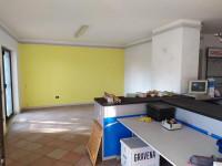 villa in vendita Sarno foto 001__ambiente_aperto_al_piano_rialzato_con_affaccio_su_terrazzo.jpg