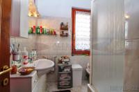 appartamento in vendita San Casciano In Val di Pesa foto 006__san_casciano_vendesi_appartamento_giardino_garage_006.jpg