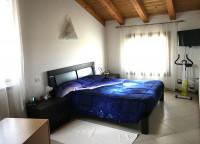 quadrifamiliare in vendita Rovigo foto 008__letto-2.jpg