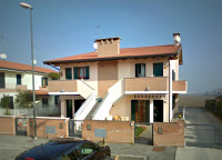 quadrifamiliare in vendita Rovigo foto 999__facciata.jpg