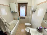 appartamento in vendita Castiglione del Lago foto 016__BAGNO.jpg